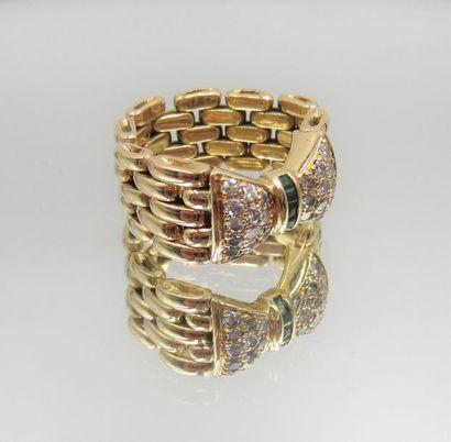 BAGUE «nœud» articulée en or jaune (750 millièmes)...