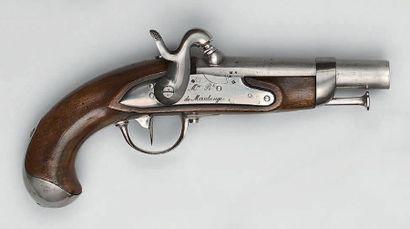 Pistolet de gendarmerie à silex transformé...
