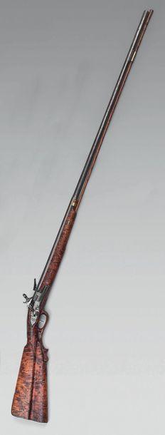 Curieux fusil de chasse à silex mono canon...