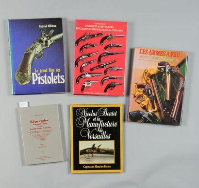 Cinq volumes: Capitaine Maurice Bottet, Nicolas Boutet et la Manufacture de Versailles...