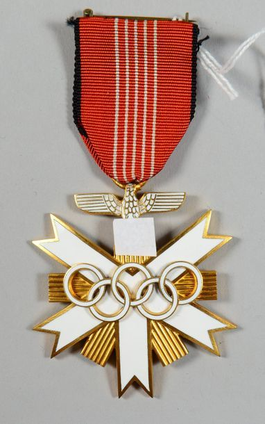 Décoration allemande honorifique pour l'organisation...