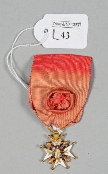 Croix d'officier de l'ordre de Saint-Louis,...