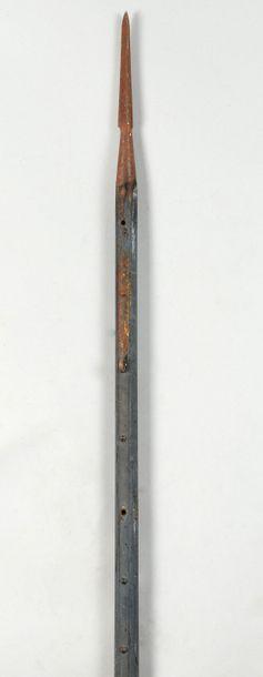 Lance de cavalerie modèle 1823, fer triangulaire....