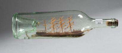 Souvenir de marine: bouteille renfermant...