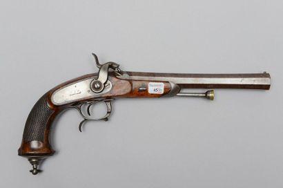 Pistolet à percussion d'officier modèle 1833...