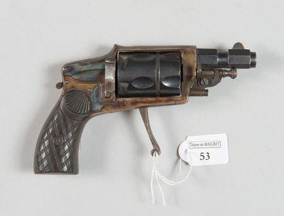 Petit revolver système Hammerless, cal. 6...