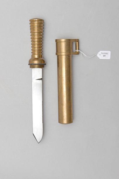 Couteau de scaphandrier allemand de type...
