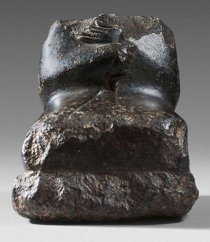 Torse assis. Basalte Égypte, Moyen Empire,...