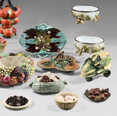 ITALIE, ALLEMAGNE, FRANCE ET DIVERS A set of trompe-l'oeil pieces in porcelain, slip...