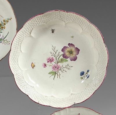 CHANTILLY Porcelain compotier of contoured shape with a moulded basketry rim, with...