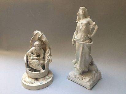 Allemagne Large biscuit figurine representing Judith, standing holding a sword with...