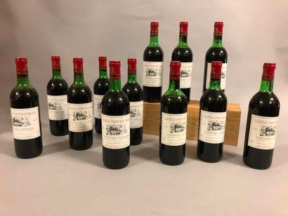 12 bouteilles Château PARET-BEAUSÉJOUR, Côtes de Castillon 1989 (5 TLB, 2 MB, 5 B)...