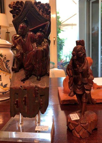 Bois sculpté laqué Vendu en l'état
