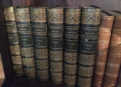 Ensemble de volume reliés  Dont Durcy Histoire...