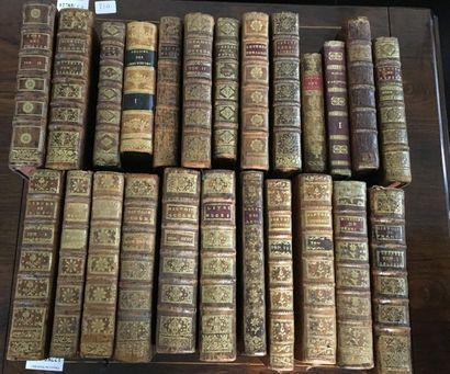Ensemble de volume dont :  Histoire de France...