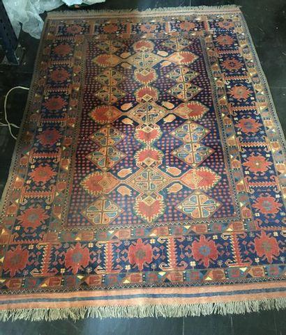 Deux tapis perses  213x153 cm  137x105...