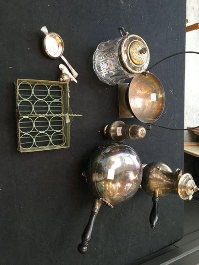 Lot de métal argenté