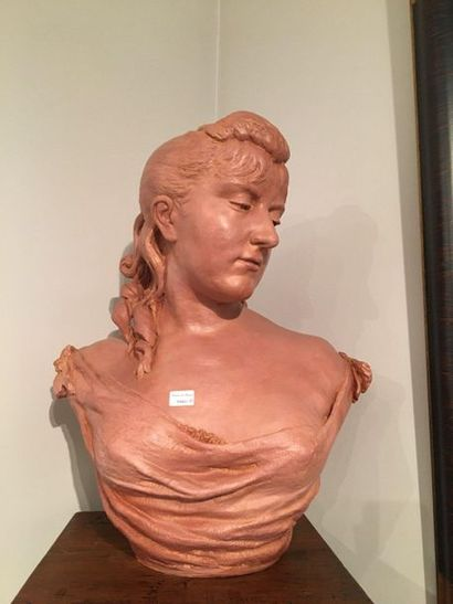 Buste de femme  Vers 1900  H:50 cm