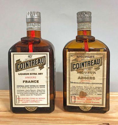 2 bouteilles COINTREAU (dont 1 bouchon liège,...