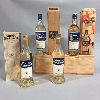 4 bouteilles ANISETTE Marie Brizard