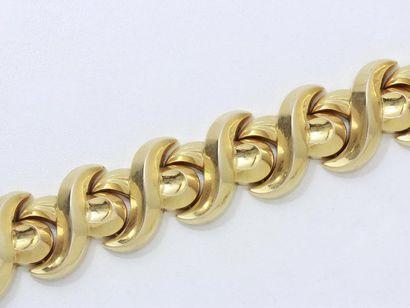 Beau bracelet tank en or 750 millièmes, maillons...