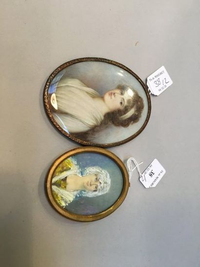 Oval miniature portrait painted on ivory of a young woman in a three-quarter left...