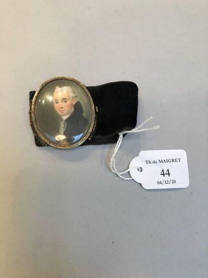 Bracelet en velours noir orné d'un portrait miniature ovale peint sur ivoire d'un...
