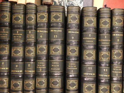 1 caisse de livres reliés dont BALZAC