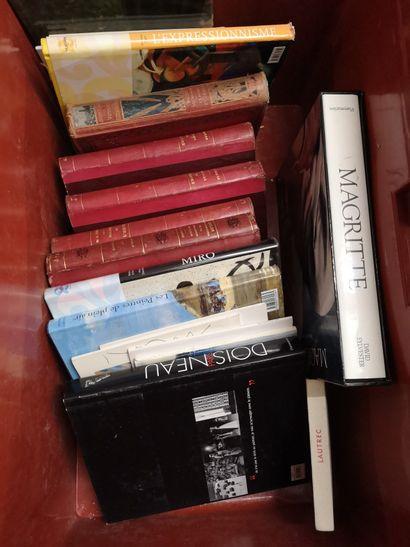 Lot de livres brochés, XIXème et Xxème siècle...