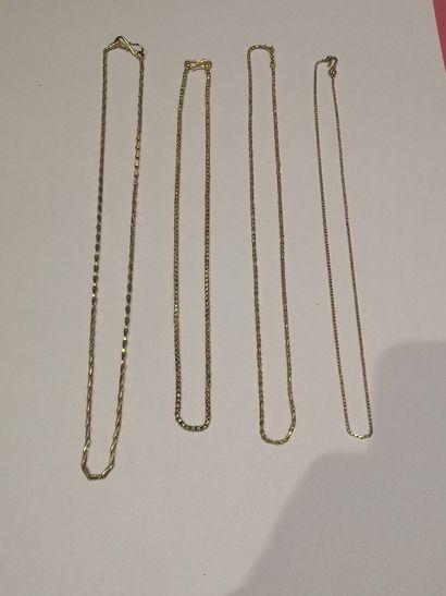 Ensemble de 4 chaines en or 750°/°°  Poids...