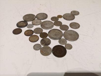 lot de pièces démonétisées dont France, Espagne...
