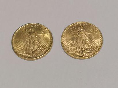 2 pièces de 20 dollars or datées 1923 et...