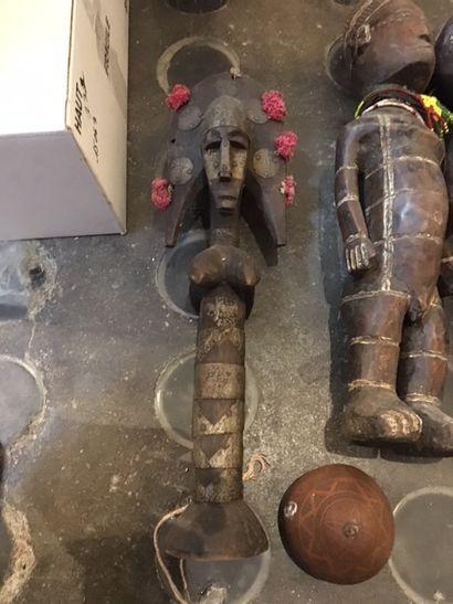 Ensemble de sculptures, travail africain...