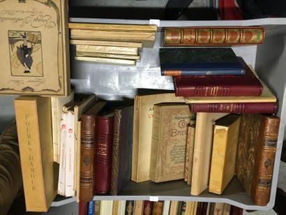 Lot de livres reliés et brochés du XXème,...