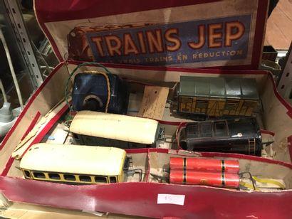 Lot de trains dont Jep, transfos, locomotives,...