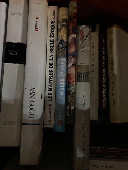 Box of Fine Arts books including La peinture de la Renaissance, Van Gogh, Pour une...