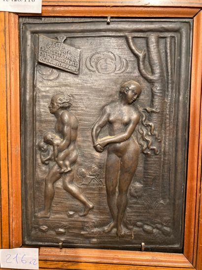 Plaque en bronze contre collé sur bois Adam...