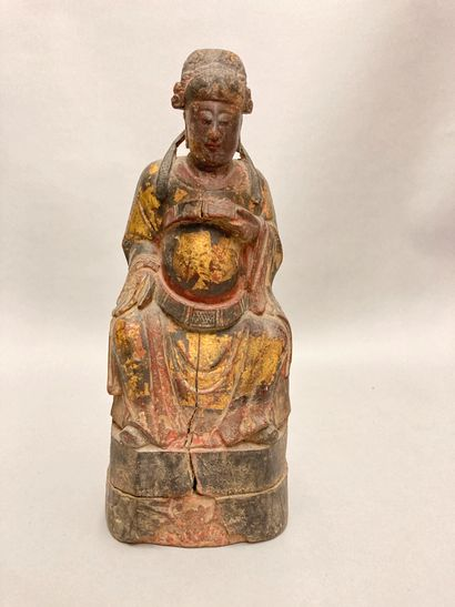 Chinese wooden divinity, traces of polychromy...