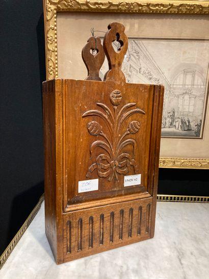 Flour box, thistle decoration Provençal...
