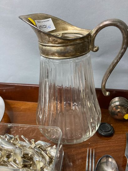 Lot of silver plated metal including knife holder, cutlery (service cutlery...)...