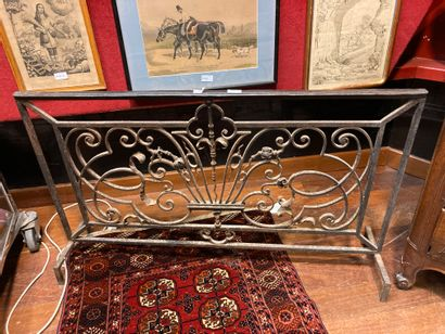 Fireplace grill, railing 18th century H:...