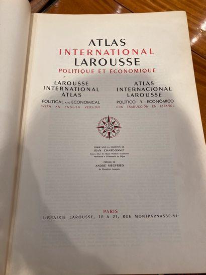 Atlas Larousse Lot vendu en l'état