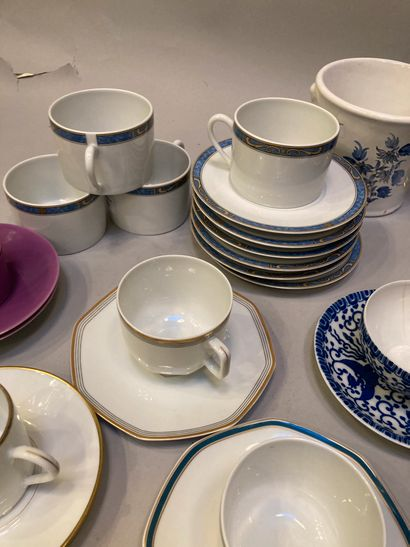Handle comprising cups of different designs, a dish and a vase  splinters, gaps...