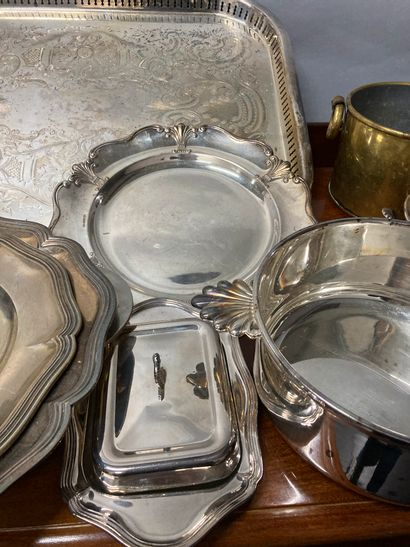 Strong batch of silver plated metal including coaster, service cover, platerie (including...