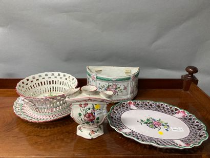 Earthenware lot from the East - 20th century...