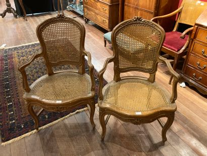 Pair of cane armchairs released Louis XV...