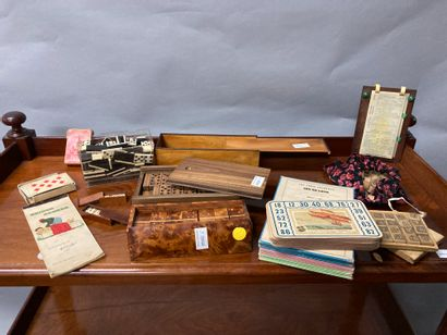 Set of old games including lotto, dominoes......