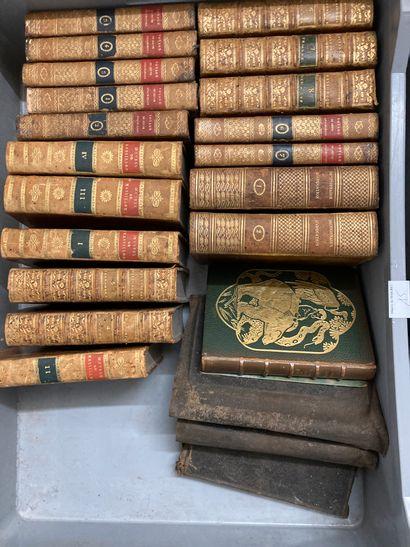 Mannette de livres : oeuvres de Massillon,...