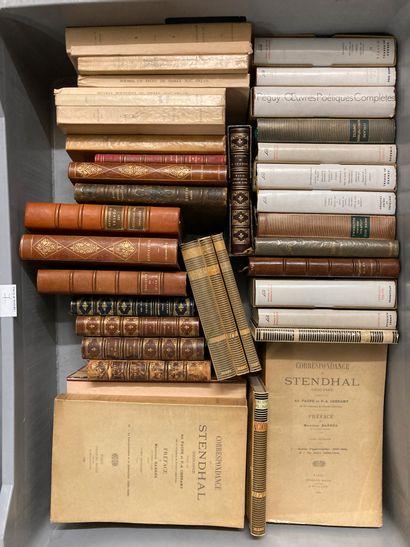 Mannette de livres dont Pléïade, Stendhal,...