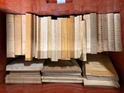 Mannette de livres Caisse de volumes brochés...